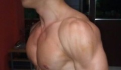 分享一下我的肩部肌肉锻炼方法