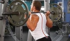 如何做杠铃深蹲―增大全身肌肉块儿和肌肉力量