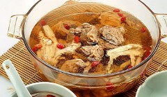 冬季补肾宜喝羊肉汤