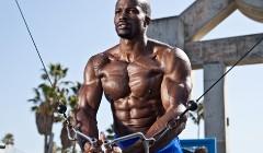 胸肌锻炼四大缺陷及解决方法