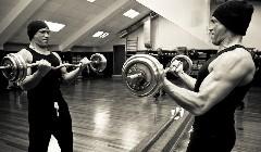 上班族如何健身_上班族健身计划