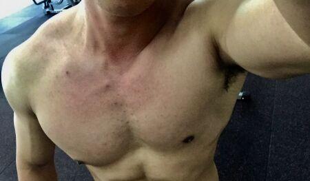 悍金斯增肌粉助我2年增重45斤长高3cm