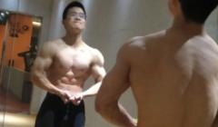 瘦小子增肌逆袭成健身教练
