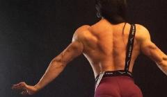 斜方肌怎么练/女生好看的大斜方肌图片
