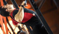 胸触引体向上训练价值及技巧